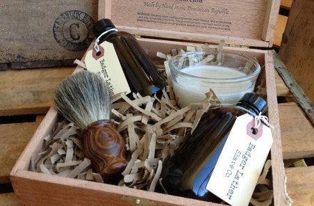 handmade-shave-kits-groomsmen-gifts-badger-lather-grit-and-gold