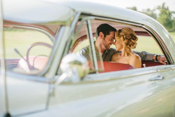 vintage-car-for-rent-dallas-fort-worth-bowtie-vintage-classic-cars