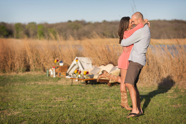 Cedar_Hill_State_Park_Texas_Glamping_Engagement_Alyssa_Turner_Photography_8-h