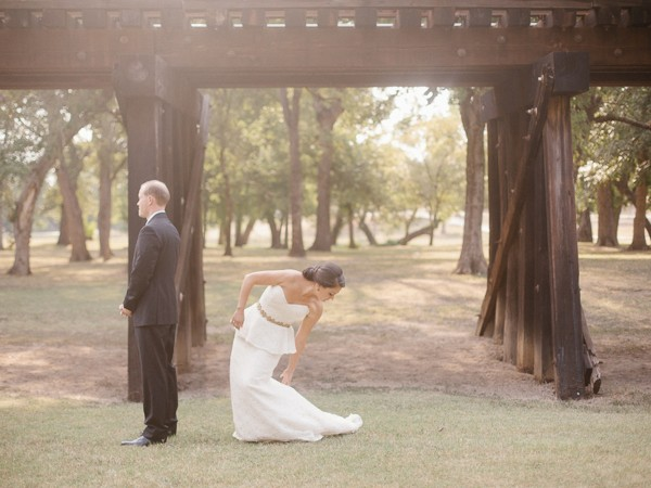 modern-art-museum-fort-worth-wedding-apryl-ann-photography-grit-and-gold13