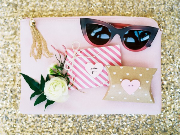 valentinesinspiredshoot-benqphotography-gritandgold-design-lovefest-balloon-styledshoot2