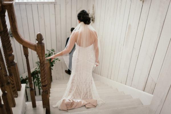 white-spar14row-barn-wedding-dallas-wedding-planner-grit-and-gold