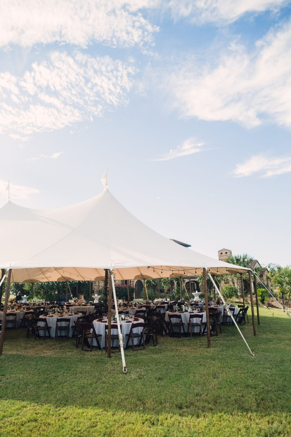 sperry-tent-wedding-private-home-wedding-grit-and-gold-dallas -wedding-planner100 & sperry-tent-wedding-private-home-wedding-grit-and-gold-dallas ...