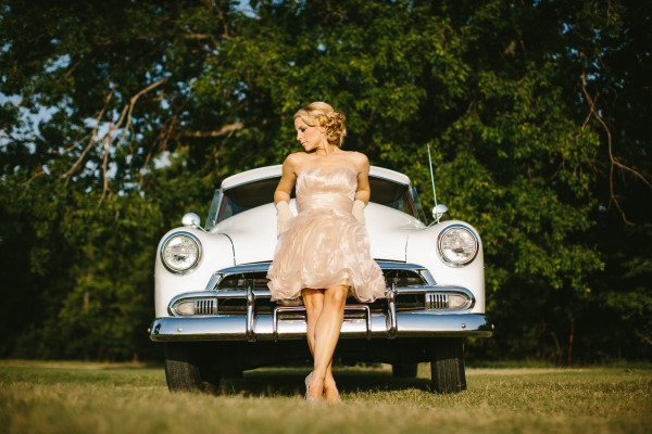 vintage-car-for-rent-dallas-fort-worth-bowtie-vintage-classic-cars