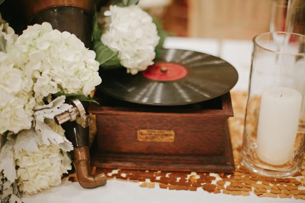 dallas-wedding-planner-designer-grit-and-gold-great-gatsby-wedding-lauren-peele-photography11