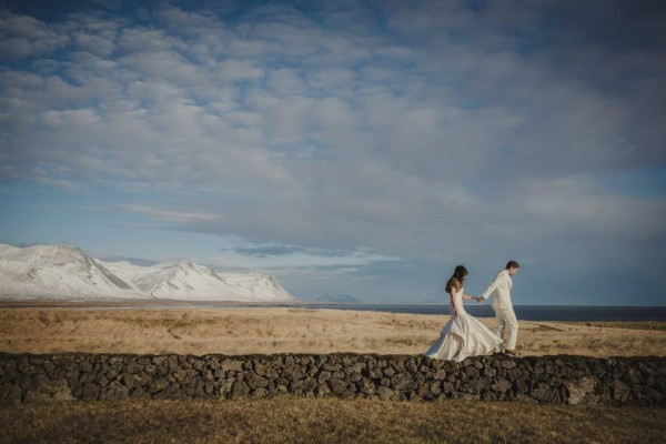 Iceland-destination-wedding-Búðir, Snafellsnes-irisandlight-destination-wedding28