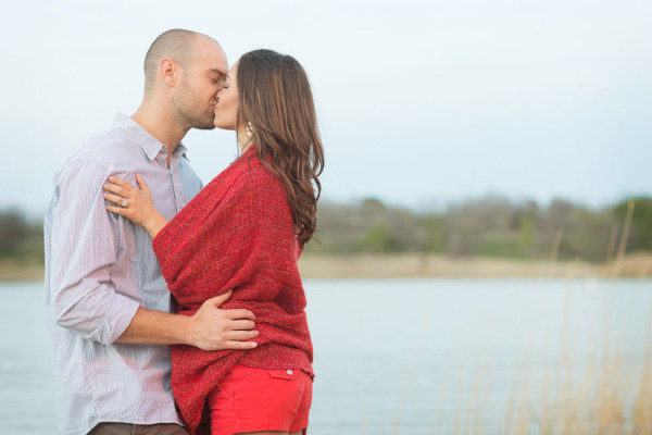 Cedar_Hill_State_Park_Texas_Glamping_Engagement_Alyssa_Turner_Photography_34-h