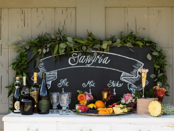 dallas-wedding-planner-and-designer-romantic-tuscany-inspired-wedding-sangria-station