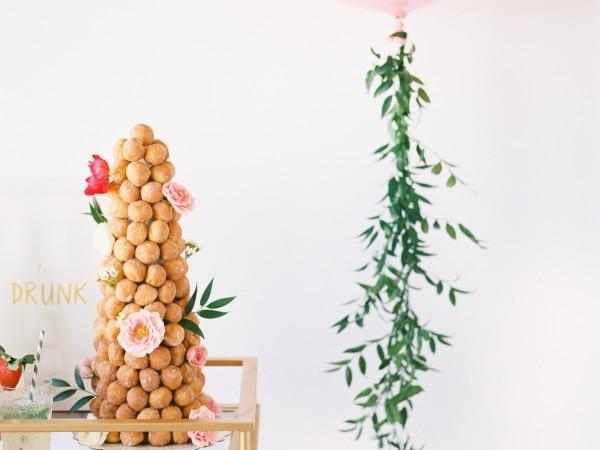 valentinesinspiredshoot-benqphotography-gritandgold-design-lovefest-balloon-styledshoot5
