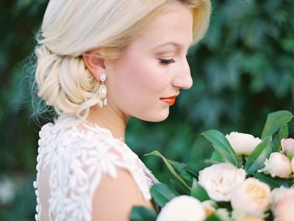 dallas-wedding-planner-grit-and-gold-bridal-session-charla-storey-photography-oh-deery-floral7